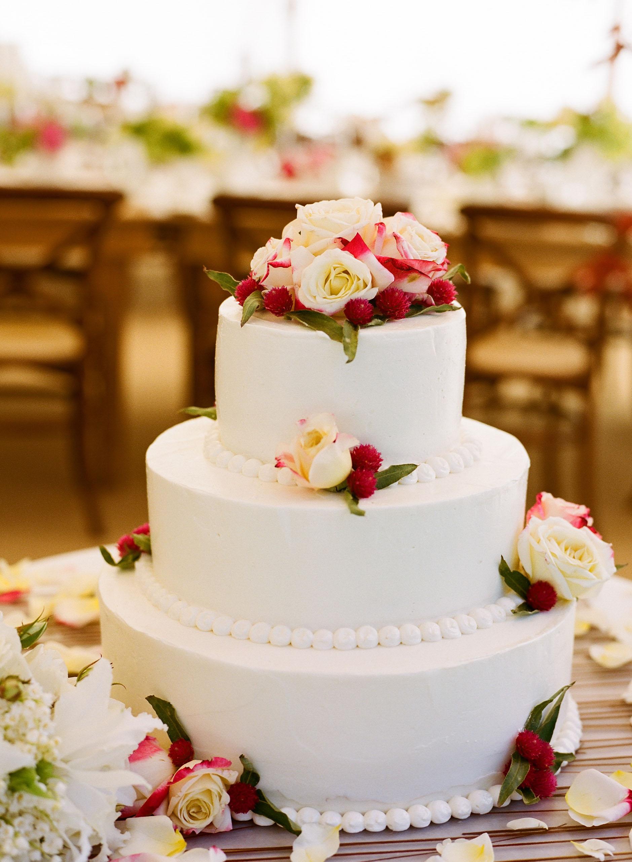 CP Wedding Cake Smooth Buttercream Meg Smith graphy